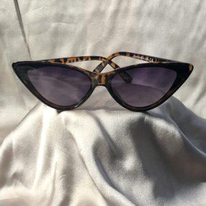 leopard print sunglasses,